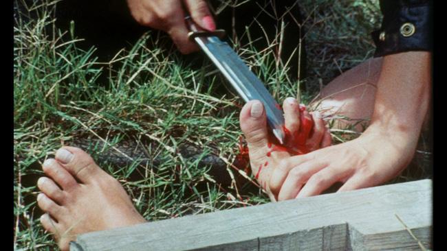 Кадр из фильма Snuff. Реж. Майкл Финдли, 1976.