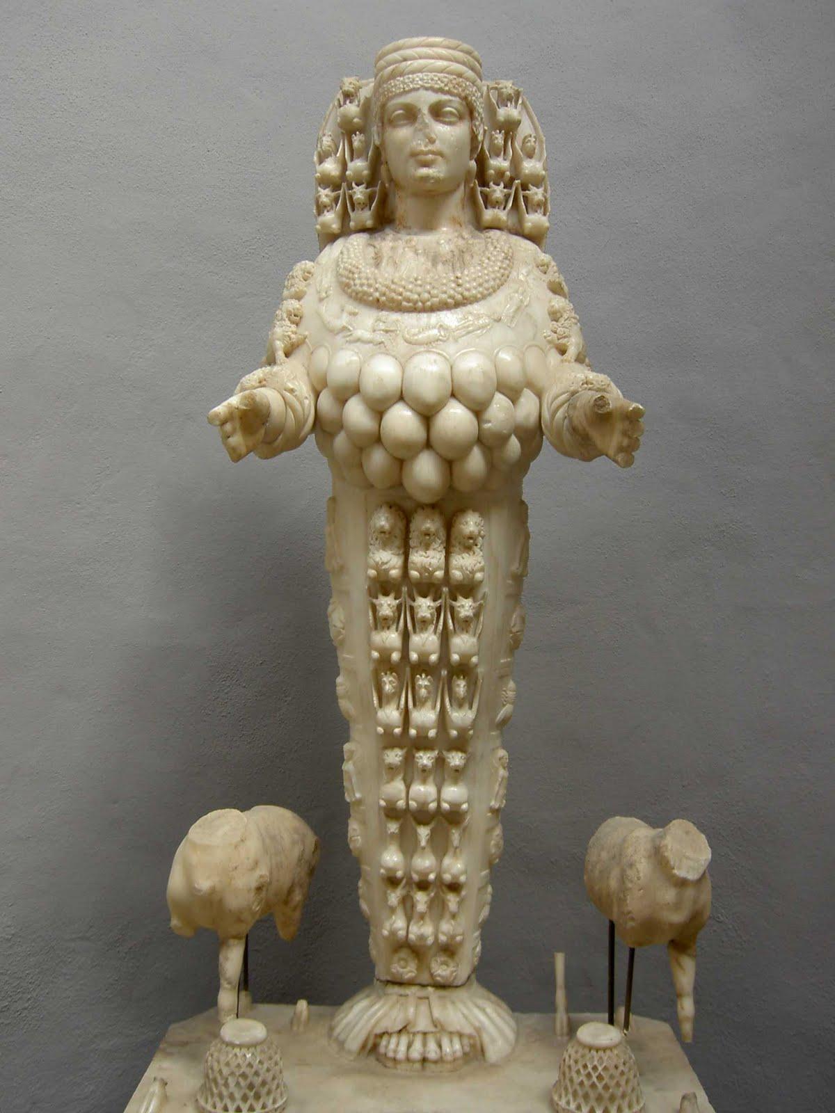 Артемида Эфесская. Эфесский археологический музей. Турция
