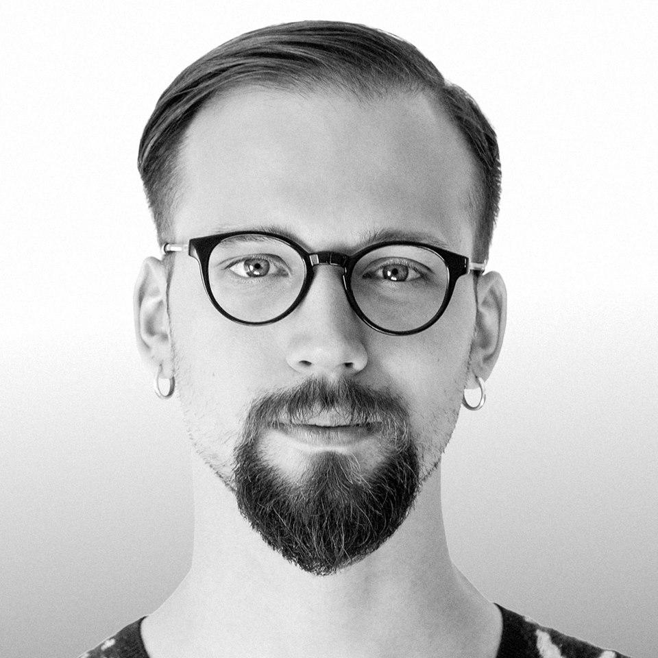 Вадим Колосов, саунд-дизайнер, музыкант, создатель калифорнийского DIY-лейбла Pharmakos Records.
