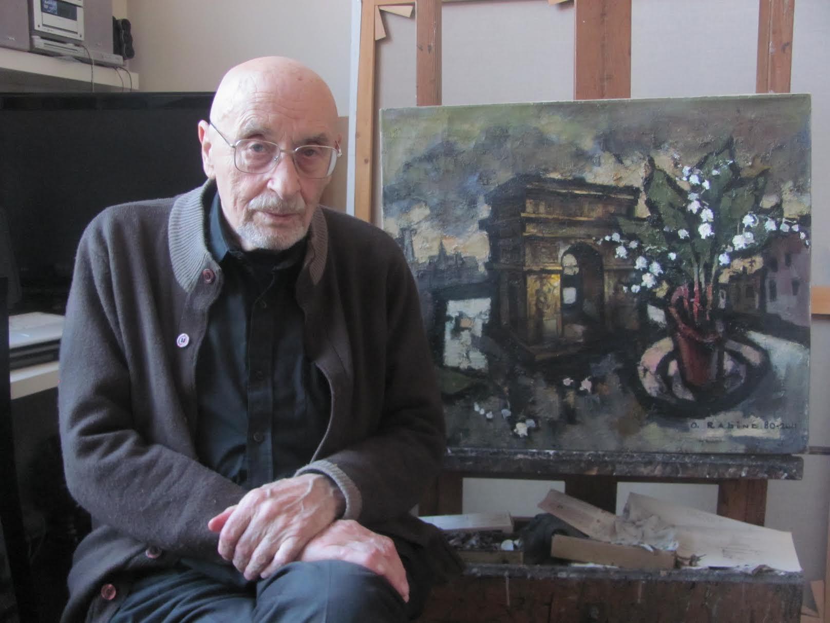 Оскар Рабин в своей мастерской. Фото: Алек Эпштейн.